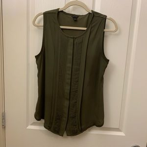 Olive green sleeveless button down blouse